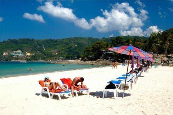Phuket beaches rate well in 2013 Beaches Awards