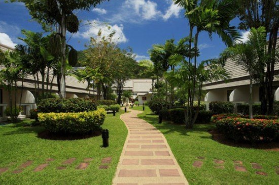 Phuket Resort gains ISO environmental management award
