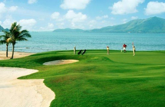 'Tee Off' To Great Golf, Food and Room Savings On Phuket