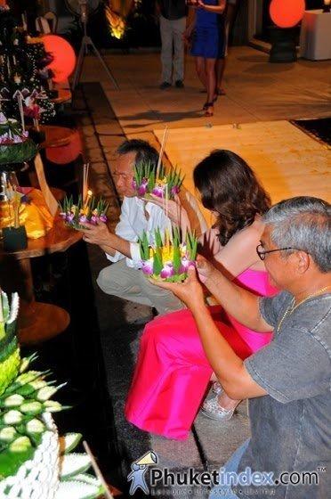 Phuket's Andara Resort & Villas Celebrates Loy Krathong