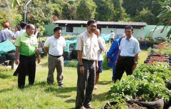 Phuket Governor offers PR for organic farm