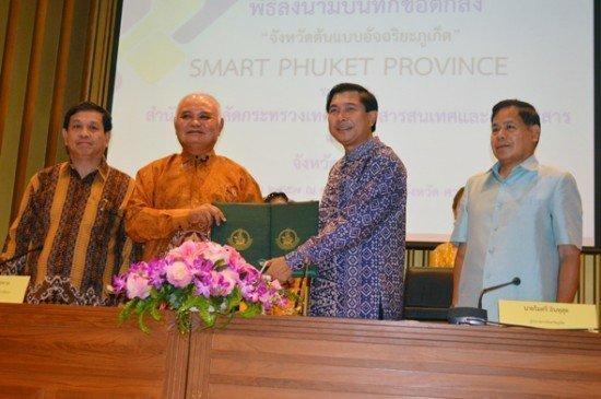 Phuket and MICT sign Smart Province MOU
