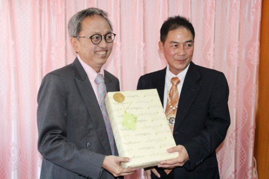 Phuket PAO Chief welcomes National Reform Council member