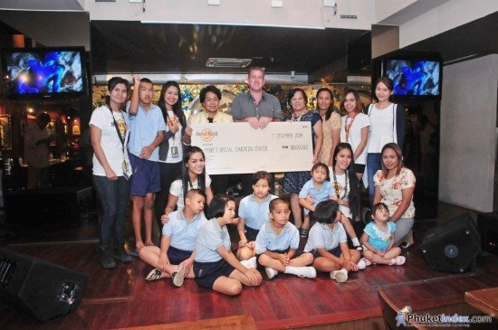 Hard Rock Café Phuket hosts 'Take Time to be Kind' charity event