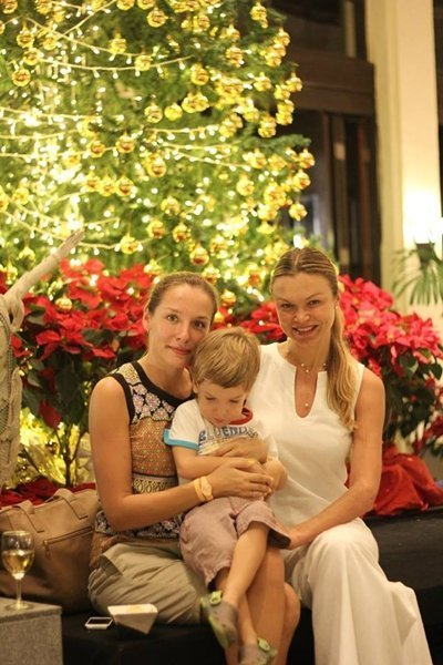 Dusit Thani Phuket lights Christmas tree for the festive holiday