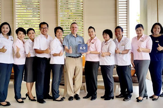 Amari Phuket Team proud of booking.com award