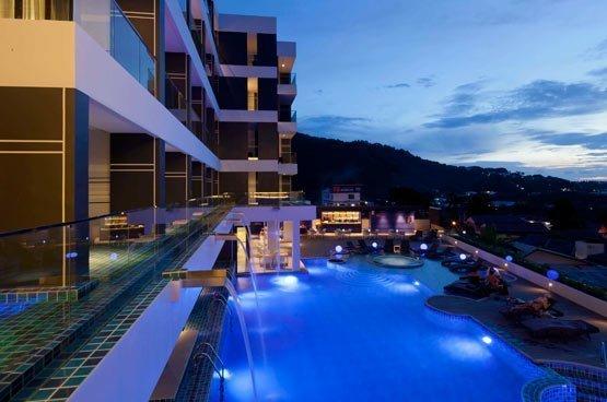 Half-Board Package at Eastin Yama Hotel Phuket