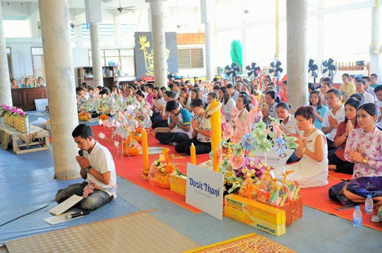 Laguna Phuket Supports 2016 Buddhist Lent Celebration