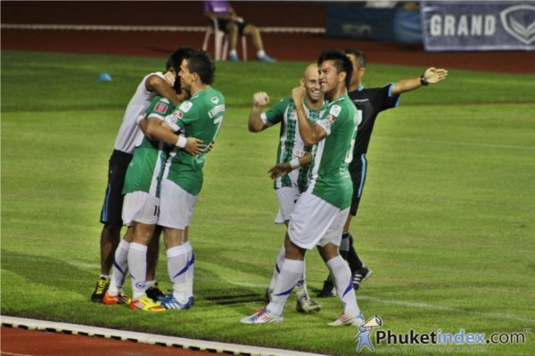 Phuket stuns Premier League's Dragon Kings