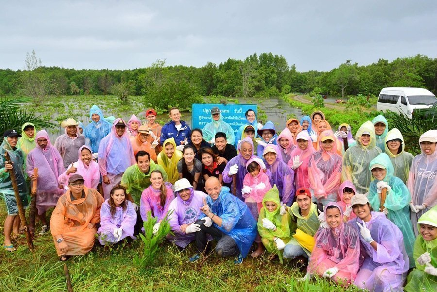 "Marriott Hotels & Resorts in Southern Thailand held  ""Mangrove National Planting"""
