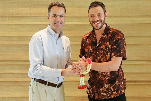 Amari  Phuket Welcomes William Young, A Well-Known Singer And Actor From The UK