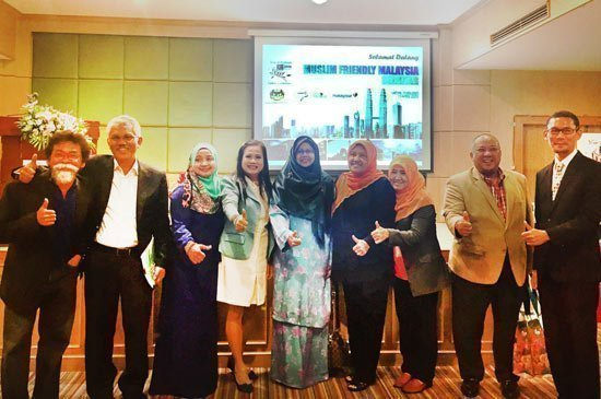 Malaysia promotes Muslim package in Southern Thailand