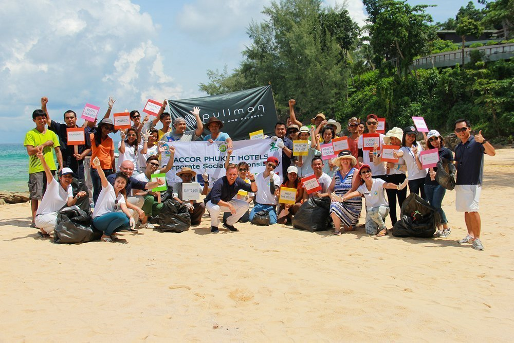 """Pullman Phuket organized activity at Naithon beach to support Marine environment for """"World Oceans Day"""""""