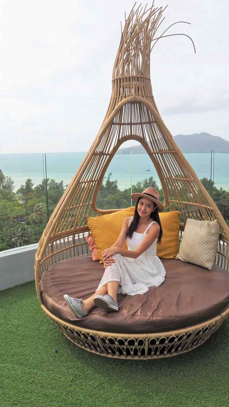 Crest Resort & Pool Villas has warm welcomed the famous actress, Khun Punyaporn Poonpipat