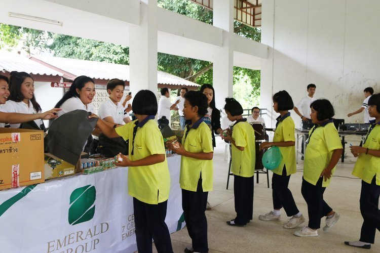 An activitiesof annual CSR - The Emerald Development Group Co.Ltd