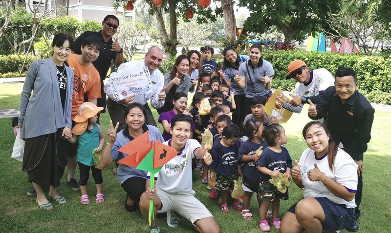 CSR : Stay for Good, feeding community together