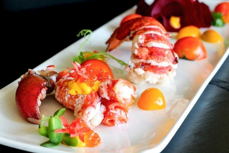 Savour the freshness of the ocean at La Gritta