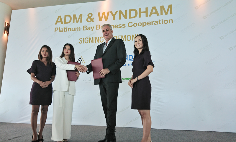 Signing ceremony has been held between New World ADM Platinum & Wyndham Garden