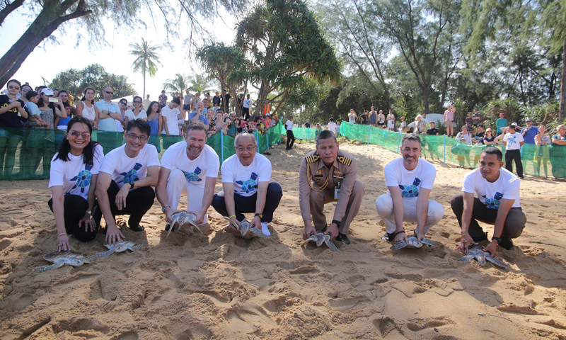 JW Marriott Phuket In collaboration with  Mai Khao Marine Turtle Foundation  Released 40 Green Turtles