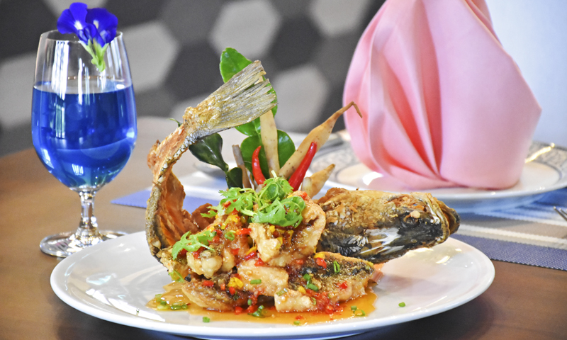 "Promotion: Must try for taste of ""Deep Fried Whole Fish with Sweet Chilli Sauce"""