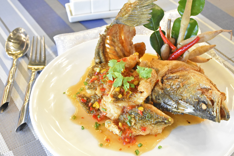 """Promotion: Must try for taste of """"Deep Fried Whole Fish with Sweet Chilli Sauce"""", Deevana Patong Resort & Spa"""