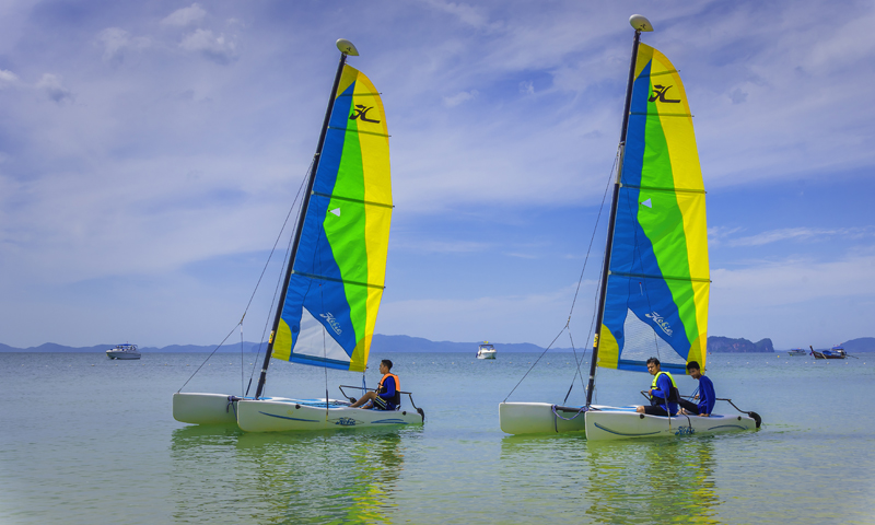 Broaden Your Horizons and Learn To Sail at Sofitel Krabi Phokeethra