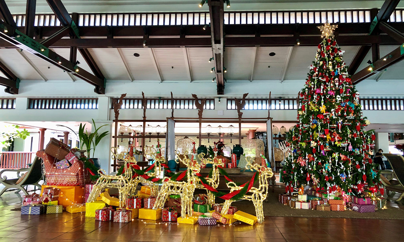 JW Marriott Phuket Ushers in Holiday Season with Christmas Tree-Lighting Ceremony