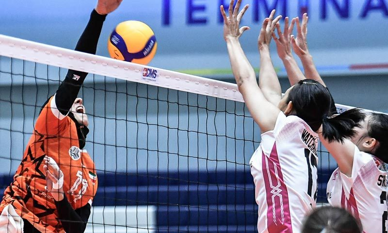 Supreme Chonburi Seal First-Day Win in Four-Setter Against Saipa